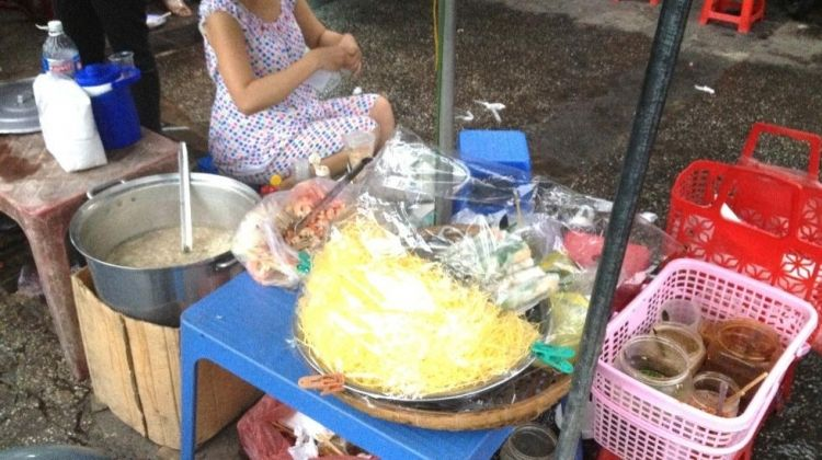 Private Ho Chi Minh City: Street Food by Night