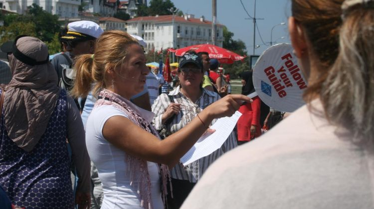 Private Tour Guide in Istanbul (Full Day)