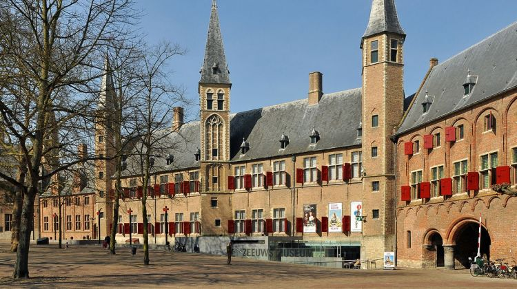 Private walking tour Middelburg