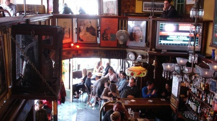 Pub Tour in North Beach, San Francisco
