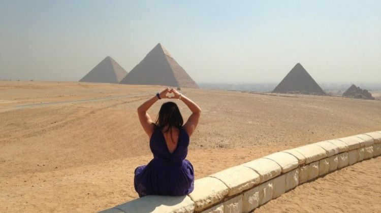 Pyramid Hopping Tour