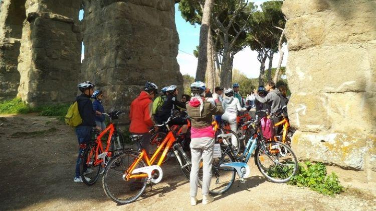 Rome Bike Tour: Appian Way and Aqueducts Park