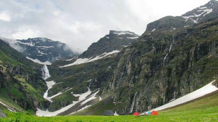 Rupin Pass trek - Group Tours