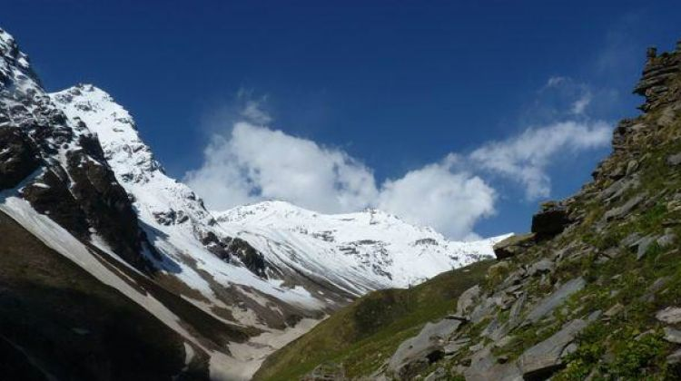 Rupin Pass trek - Group Tours