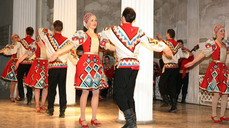 Russian Folk-Show at Nikolayevsky Palace