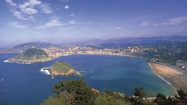 San Sebastián & Biarritz Full Day Tour