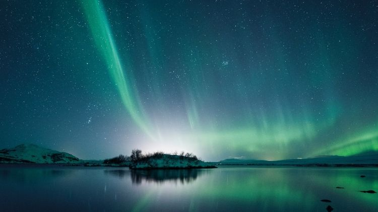 Scenic Iceland & the Northern Lights