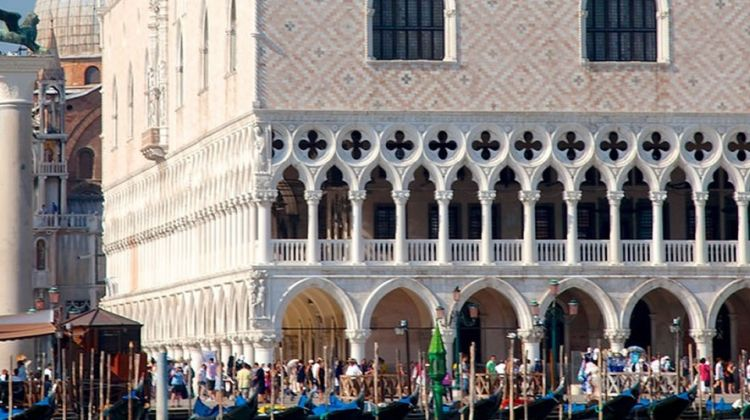 Secret Venice Combo Tour & Skip-the-line Doge's Palace