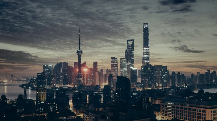 Shanghai Huangpu River Cruise and Secret Bar Experience