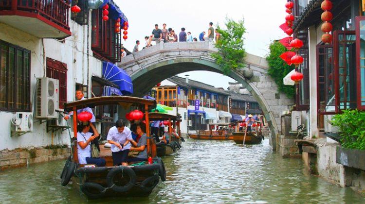 Shanghai suburb water village half day tour