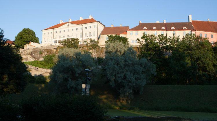 Shore Excursion: Best of Tallinn City Tour