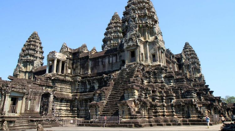 Siem Reap and Khmer Wedding and Photography Full Day Tour