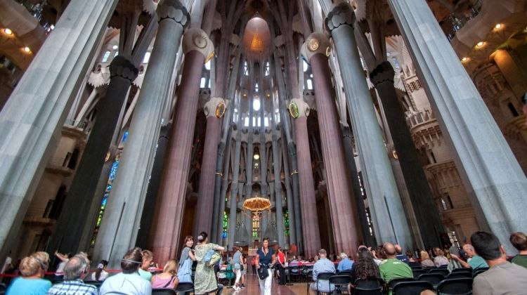 Skip-the-Line: Gaudí & Sagrada Familia Tour
