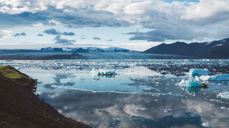 South Coast Jokulsarlon Glacier Lagoon Tour By Gray Line Iceland