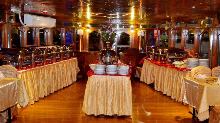 Standard Dhow Cruise