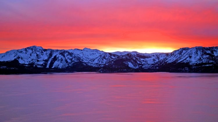 Sunset Champagne Helicopter Tour around all of Lake Tahoe
