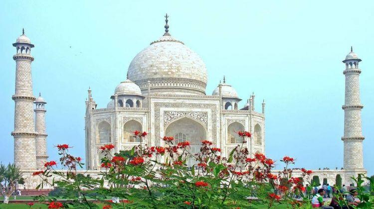 Taj Mahal & Rajasthan with Royal Stay at Fort Sardargarh