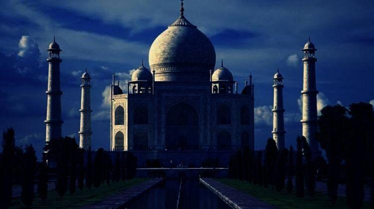 Taj Mahal Tour - New Delhi to Agra and Back