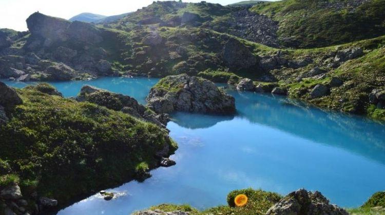 Tbilisi to Kazbegi with Trekking in Juta