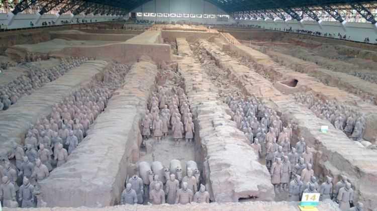Terra-cotta Warriors & Tomb of Emperor Jingdi