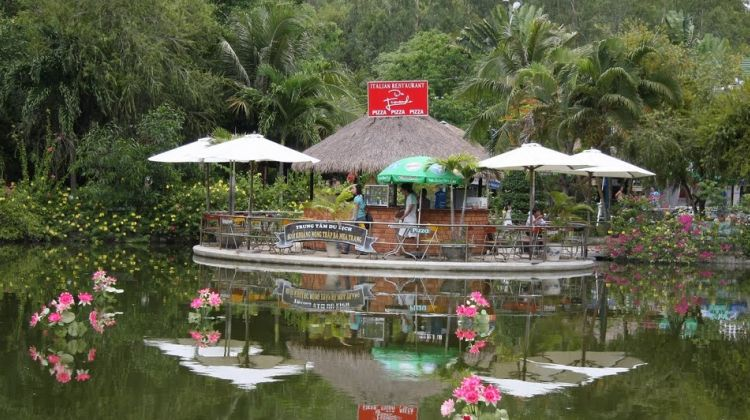 Thap Ba Hot Spring Bathing & Mud Spa Tour