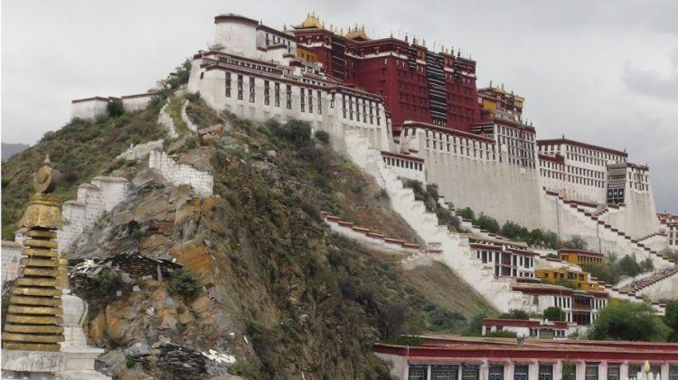 Tibetan Highlight: Lhasa Everest Base Camp Tour