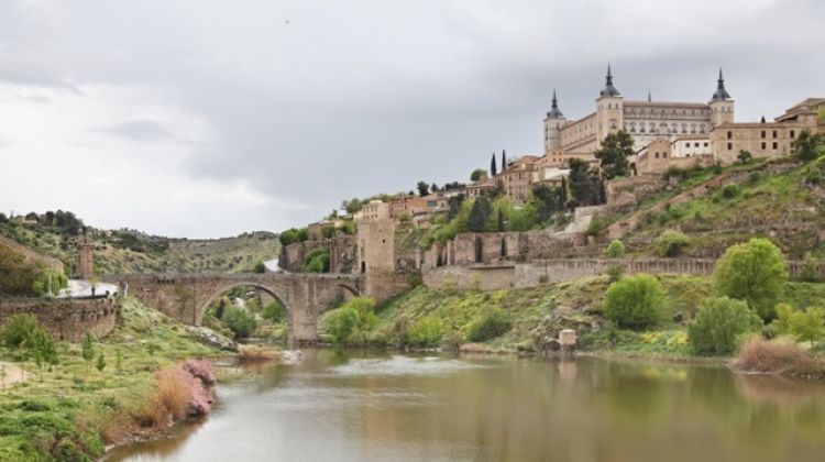 Toledo on your own & Tourist Bracelet from Madrid