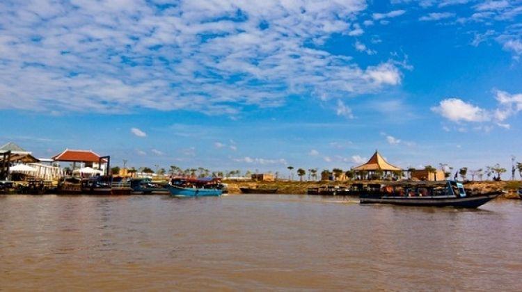 Tonle Sap Lake Half Day Sightseeing Cruise from Siem reap