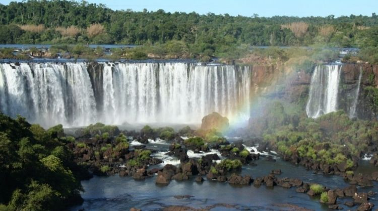 Total Iguassu Falls Tour: Brazil & Argentina
