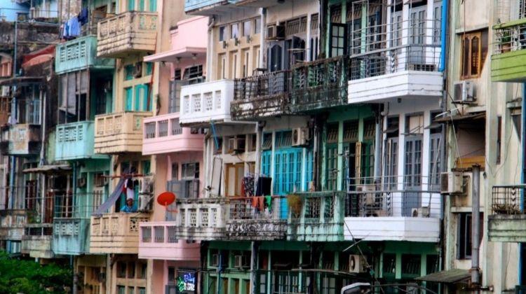 Total Yangon Tour: Take a Ride & Streets by Night