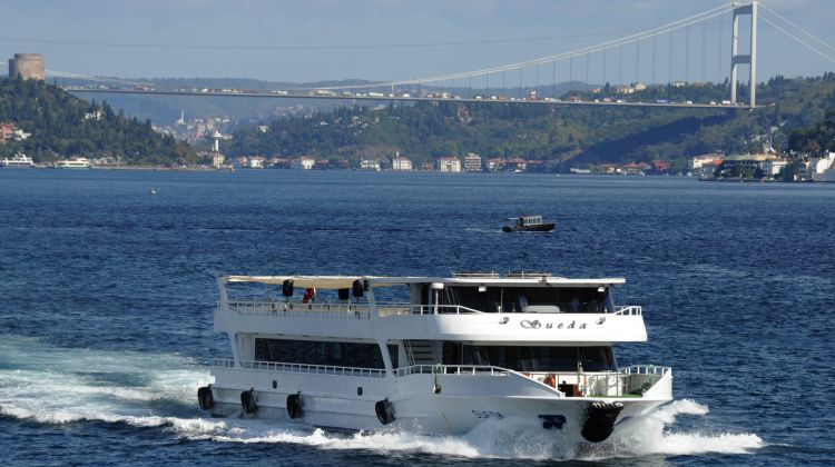 Tour 4M - Bosphorus Cruise (HD Morning)