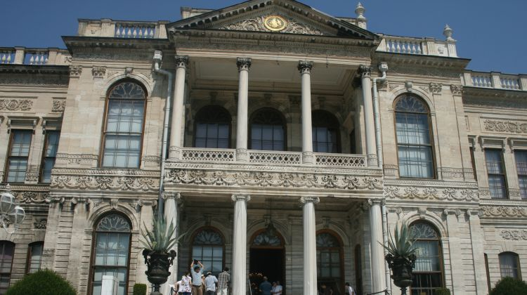 Tour 5 - Dolmabahce palace & Two Continents