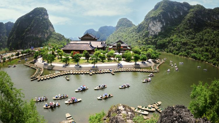 Trang An - Bai Dinh Pagoda full day tour