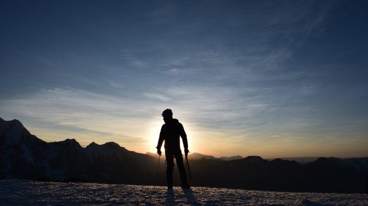 Trek & Climb: Nevado Qampa
