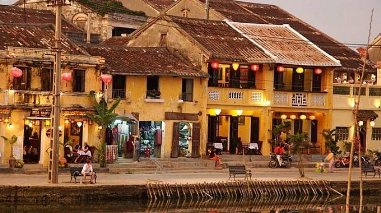 Trip From Hanoi Hoian 12 Days 11 Nights
