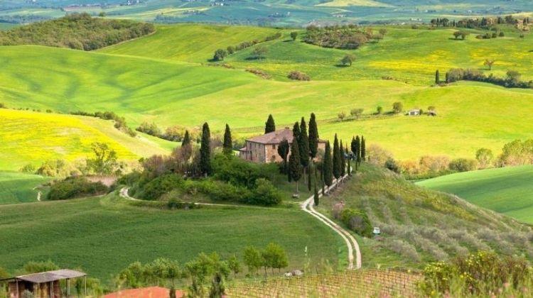 Tuscany bike tour around Siena and Chianti