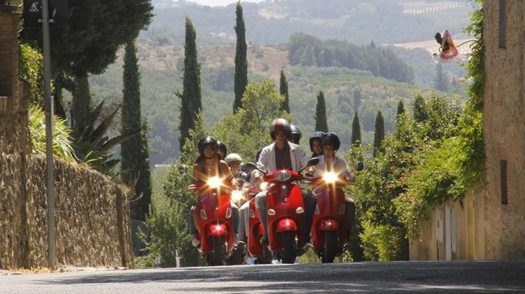Vespa & Chianti Tour from Siena