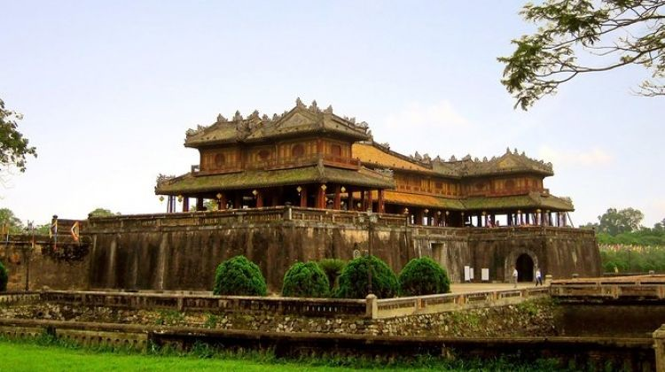 Vietnam World Heritage Luxury Tour 10 Days 9 Nights