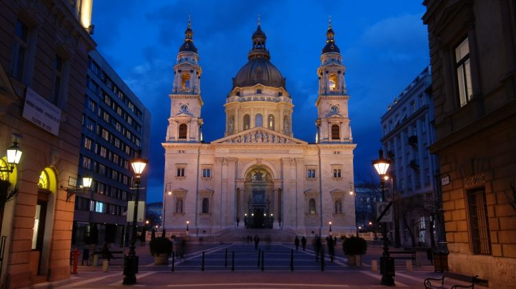 VIP Organ concert experience at the St Stephen's Basilica