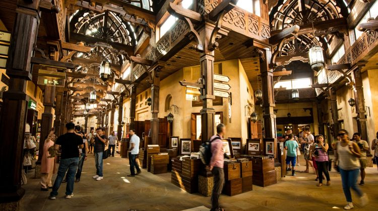 Walking Tour of the Bastakiyas Heritage Gold, Spice Souks