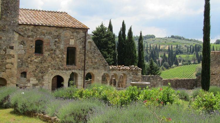 Wine Trails of Classic Tuscany
